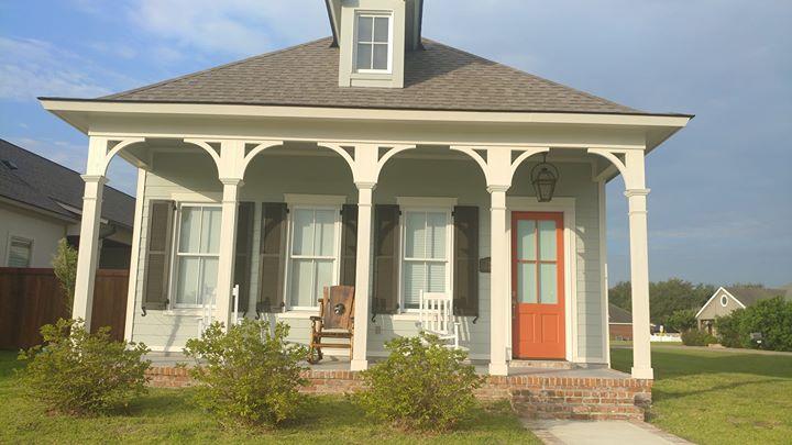 Welcome home! Allen Duhé  #techeridge  #onlyiniberia #traditionalneighborhoodde…
